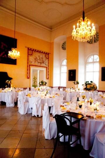 Schloss Gobelsburg   www.hochzeitshummel.at   photos: Budiono