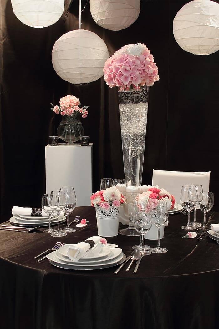 Deko Lampions sorgen fr tolles Ambiente am Hochzeitstisch