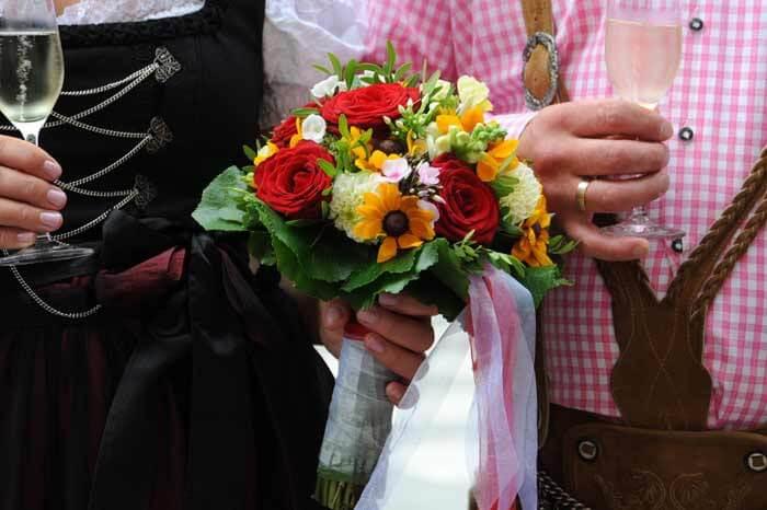 Brautstrau Trachtenhochzeit  Galerie Hochzeitsportal24