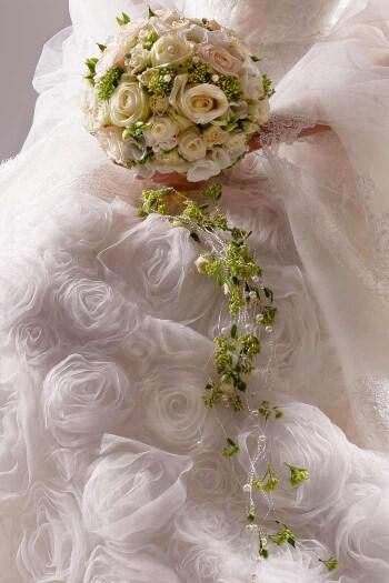 Brautstrau weie Rosen  Bildergalerie Hochzeitsportal24