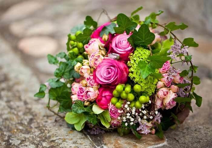 Romantischer Brautstrau  Bildergalerie Hochzeitsportal24