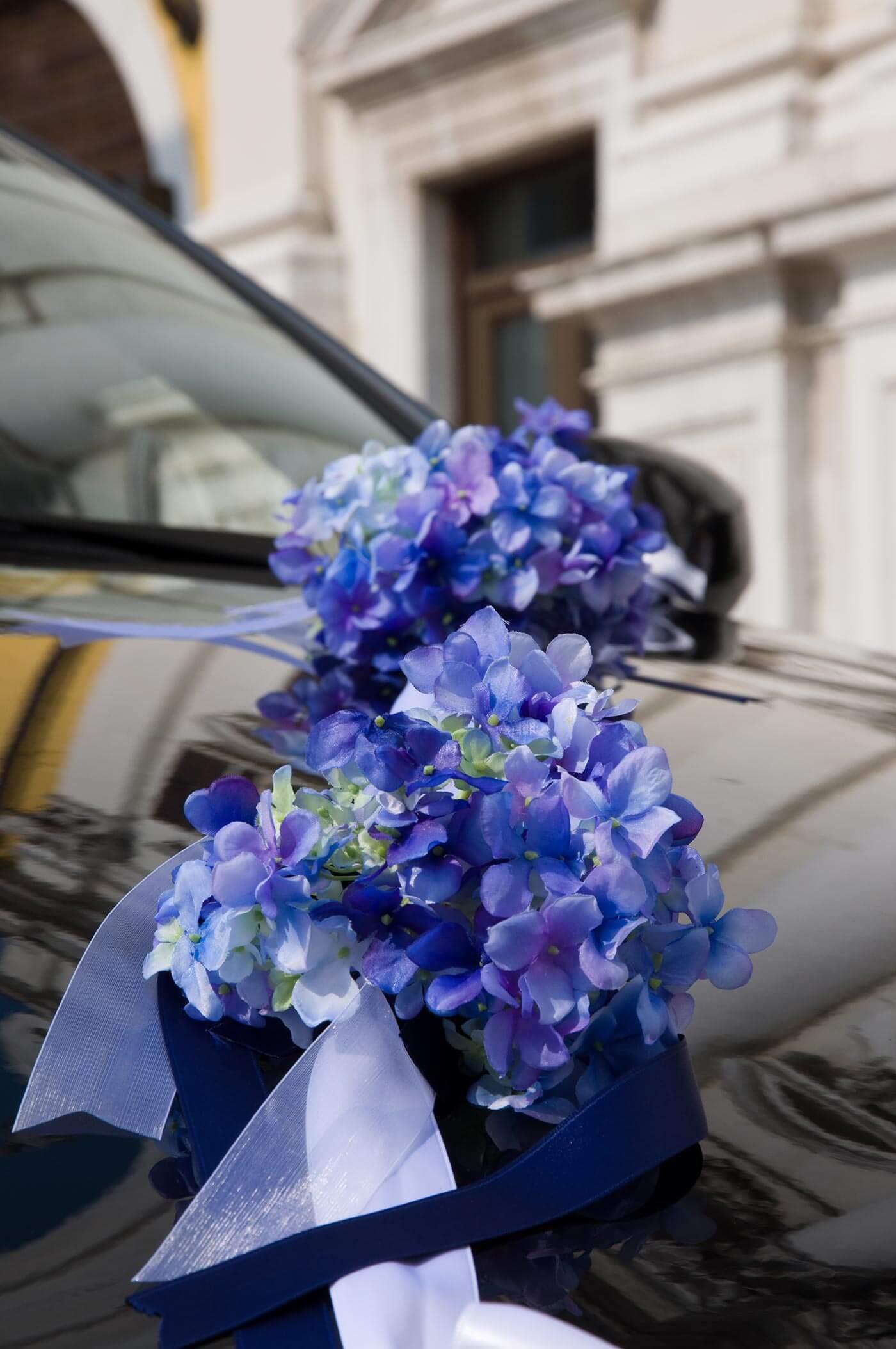 Autodeko in Blau mit Hortensie  Groe Bildergalerie
