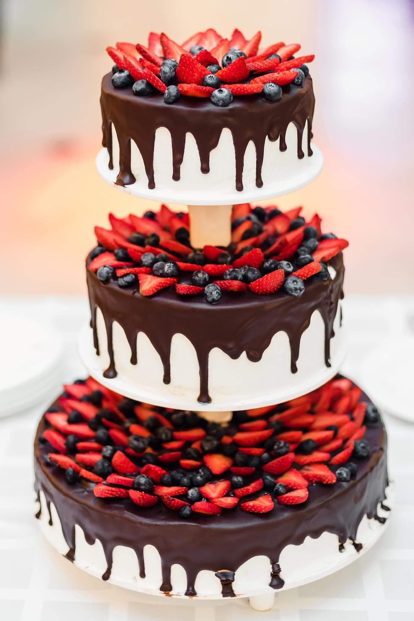 Drip Cake zur Hochzeit  Groe HochzeitstortenBildergalerie
