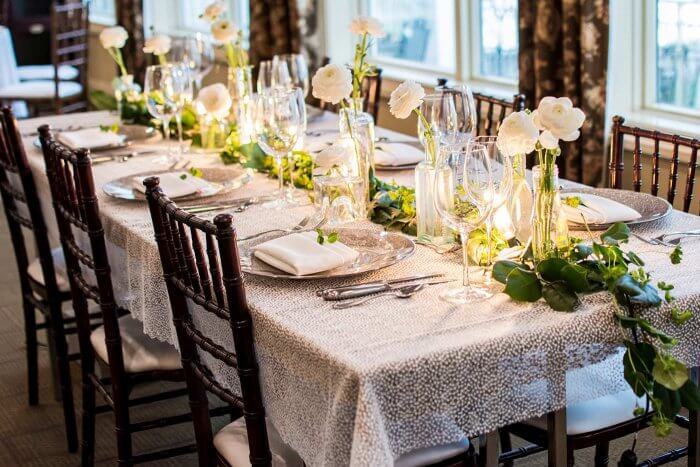 Blumendeko fr den Hochzeitstisch  Weitere Beispiele in