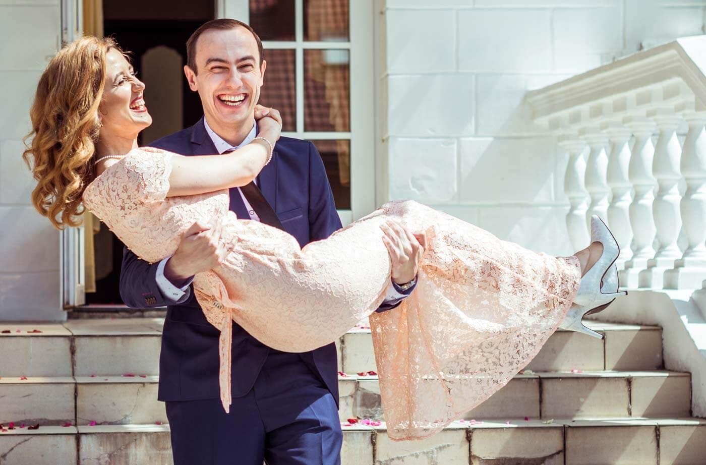 Hochzeitsspiele und berraschungen nach dem Standesamt