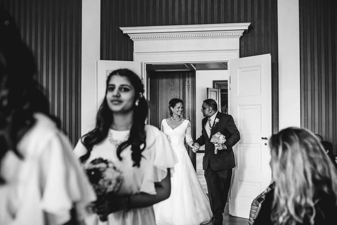 Hochzeit von Matthias und Sabine im Stadtschloss Fulda  Hochzeitsreportagen von Stefan Franke  Professionelle Hochzeitsfotografie