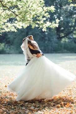 Aleksandra  Flavius Hochzeit mit purer Garteneleganz in