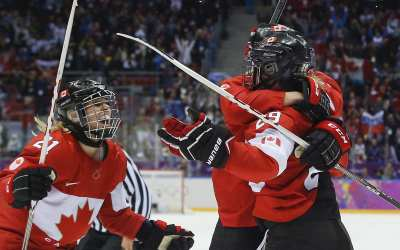 The Growing Popularity of Women's Hockey