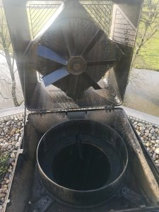 Cleaning an Exodraft RSV chimney fan