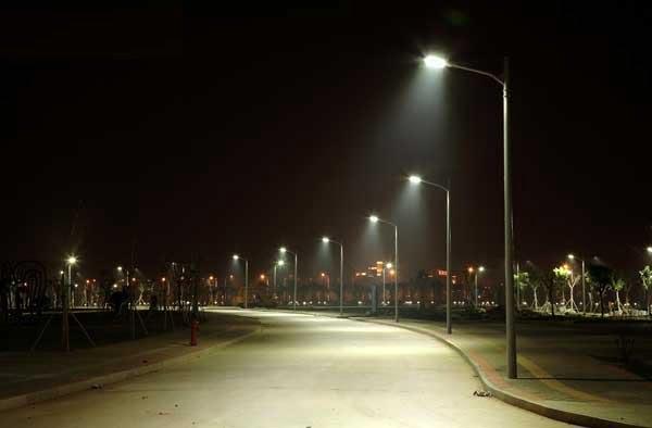 Duurzame led verlichting Schuringsedijk Numansdorp - Hoeksch Nieuws