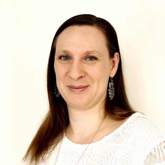 Bettina Hoelbfer