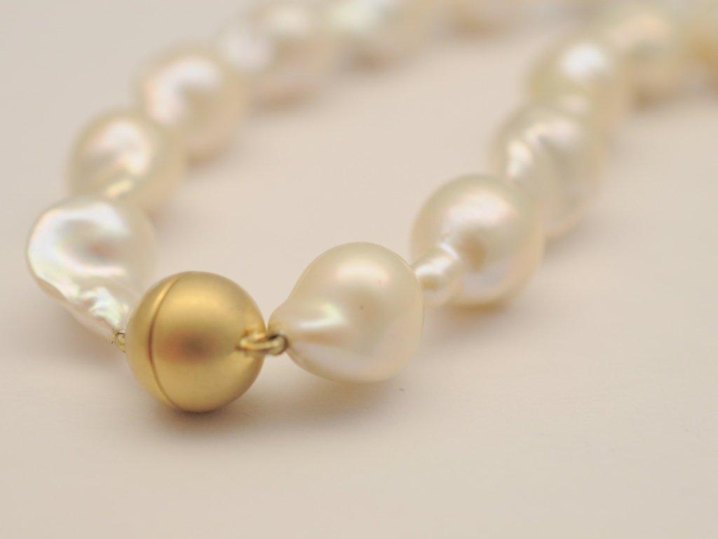 Perlenkette aus Coin  Swasserperlen mit Verschluss 585GG