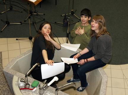 Nastassja Hahn, Anton Kurth und Lucie Erdmann; Bild: SWR / Monika Maier