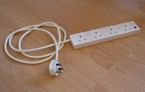small resolution of extension cord safety extension cord do u0027s and don u0027ts flelectric cord plug wiring