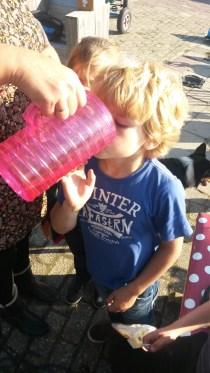 20151009 Jamie drinken