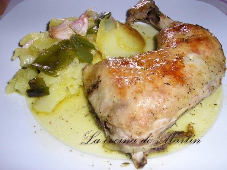 Pollo al horno con patatas a lo pobre
