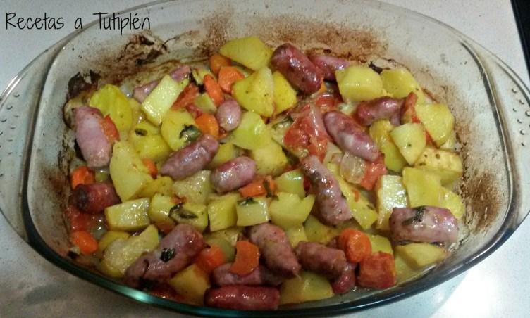 Salchichas Asadas Con Patatas Hogar Cocina Facil