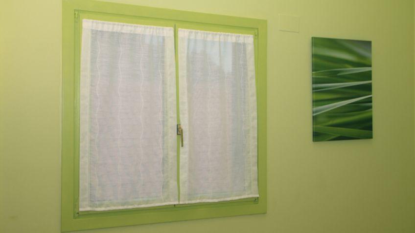 Pintar el marco de la ventana  Bricomana