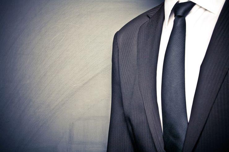Woven suit