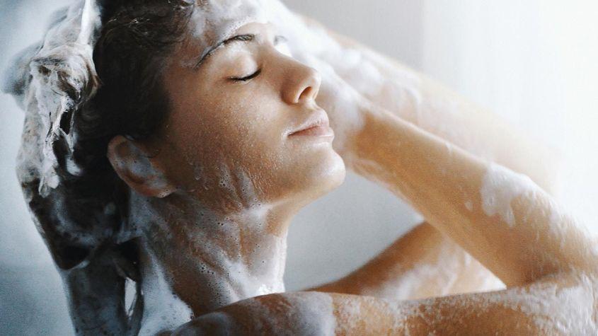 como hacer champu de cebolla y que propiedades tiene ducha:Voguemagz