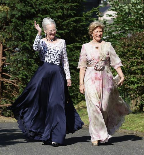 Margaret rainhas da Dinamarca e Anne-Marie da Grécia