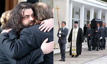El funeral de Demis Roussos nos descubre a su hijo