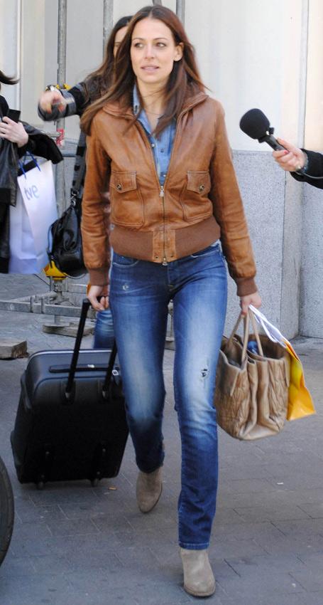 Blugirl Italia Moda Para Mujer Con Un Toque Joven Y Rebelde