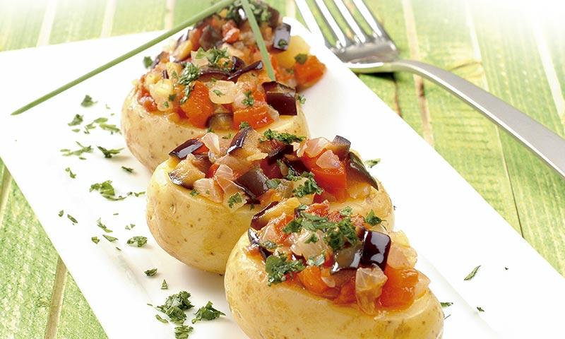 Aprende a elaborar una receta de patatas rellenas de verduras