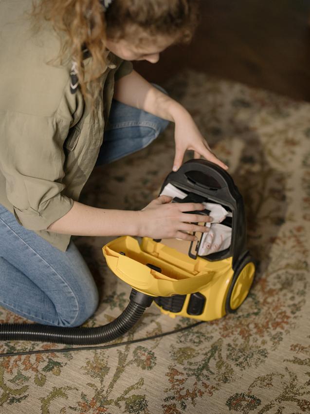 Para una buena limpieza también habrá que limpiar los utensilios de limpieza del suelo