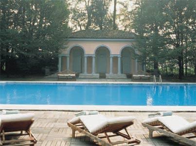 Giorgio Armani en su elegante villa Brony en pleno corazn de Italia  Foto