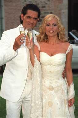 La boda de Marta Snchez y Jess Cabanas  Foto 2