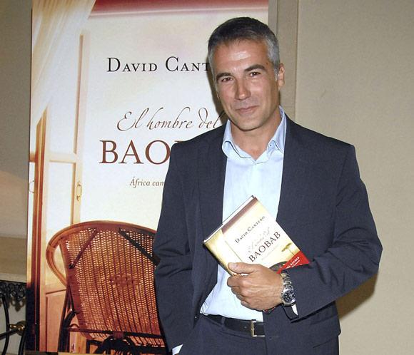 David Cantero presentador de informativos de la 1