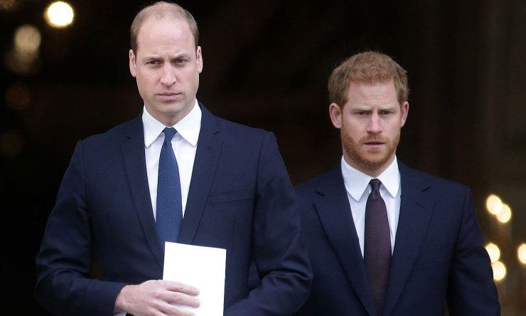 El príncipe Guillermo: 'He abrazado a mi hermano toda la vida y ya no puedo  hacerlo más'