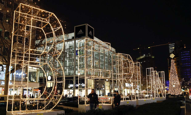 As lucen este ao las ciudades europeas vestidas de Navidad