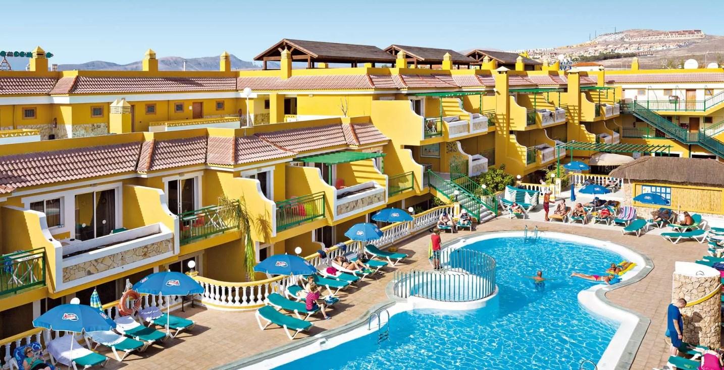 caletagarden-piscine-2000