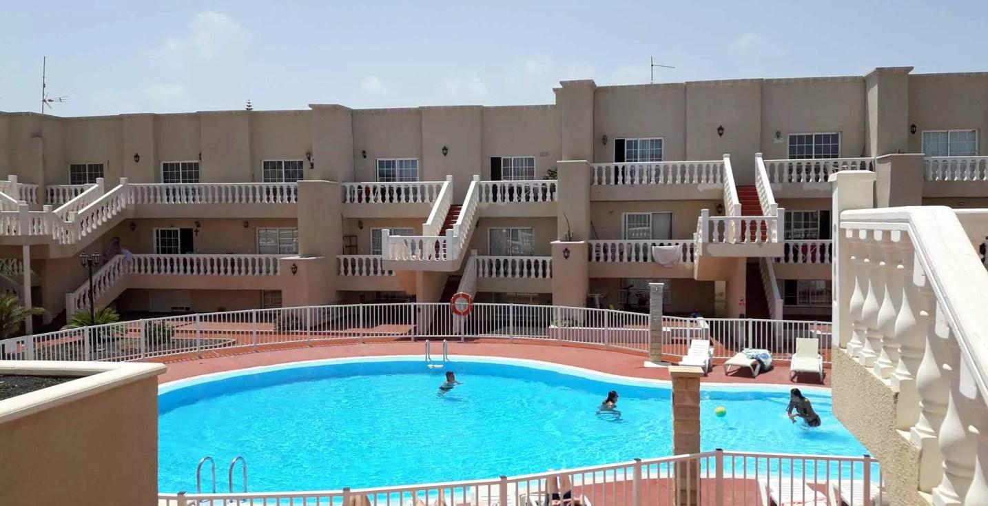 lasarenas-piscine-2000