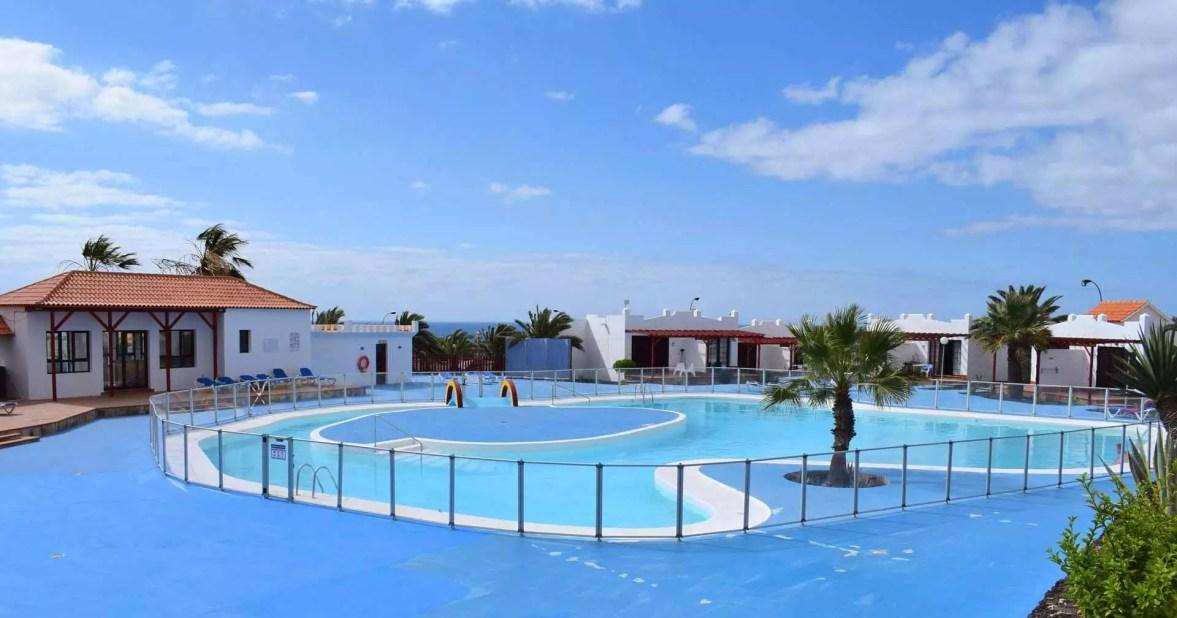 sunbeach-piscine-holafuerteventura
