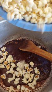Homemade-Caramelized-Popcorns-768x1024 Quick Homemade Caramelized Popcorns