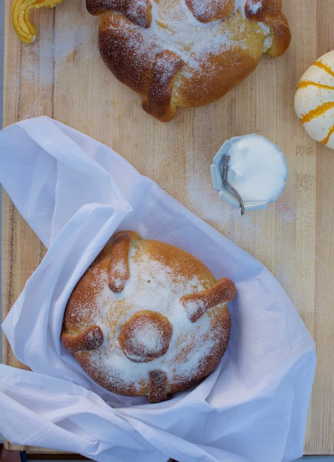 Pumpkin Spice Pan de Muerto Recipe
