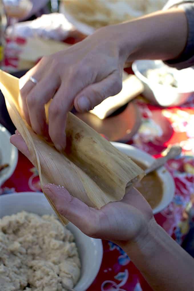 Chicken Tamales Recipe with Manchamantel Mole Sauce @holajalapeno