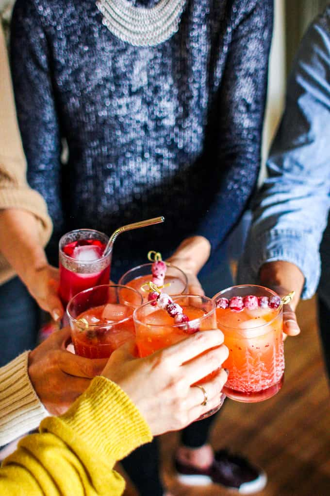 How to throw a stress-free holiday party that can come together in an afternoon with a full menu, drinks, and decorating ideas for a last-minute party!