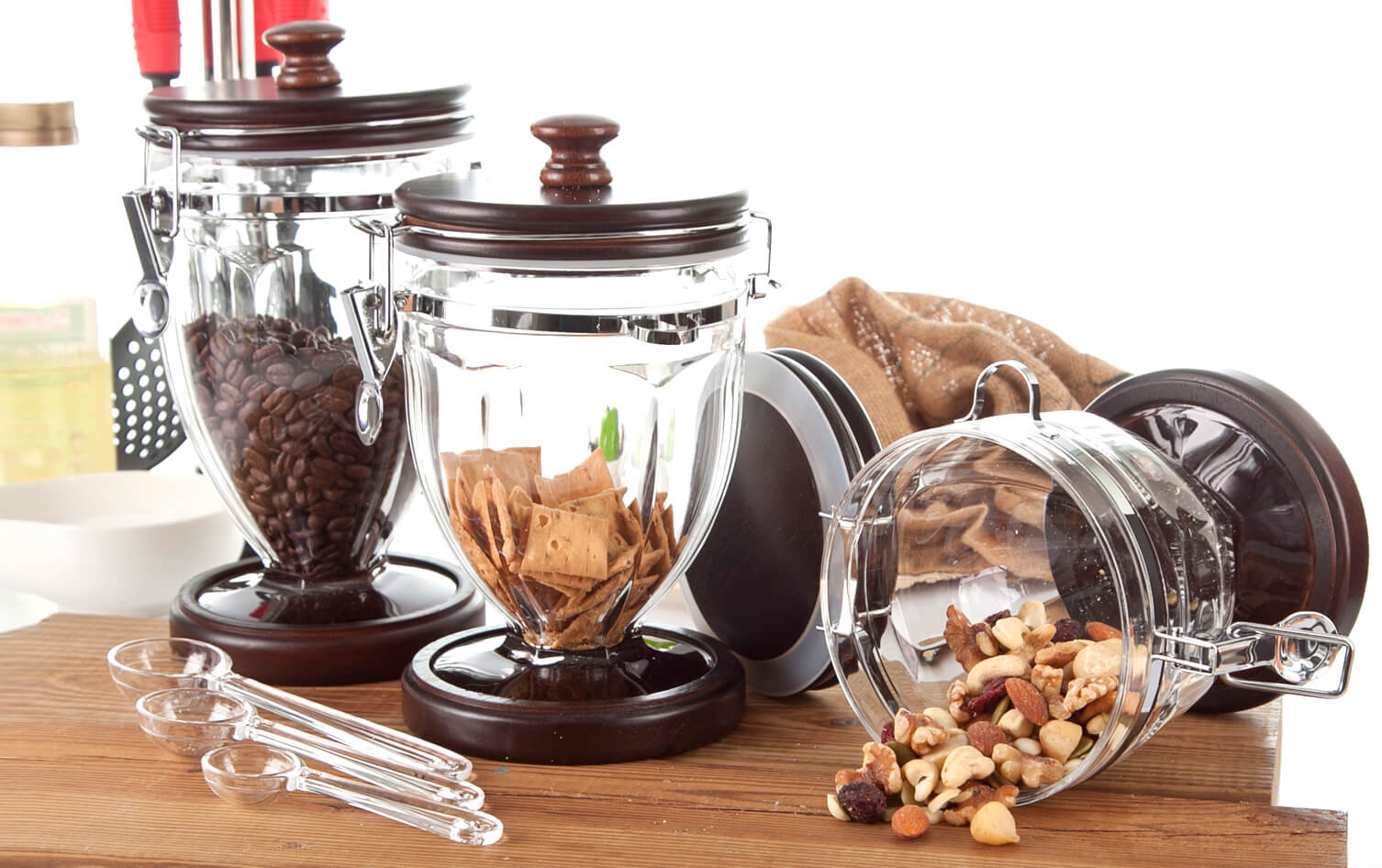 Organizing your kitchen pantry, staples and spices