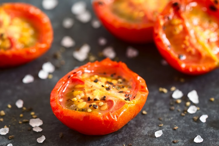 Holar - Blog - How to Make 5 Fantastic Salt and Pepper Dishes at Home - Salt and Pepper Tomatoes