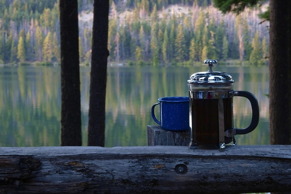 Holar - Blog - 4 Ways to Brew Best Coffee While Camping - French Press