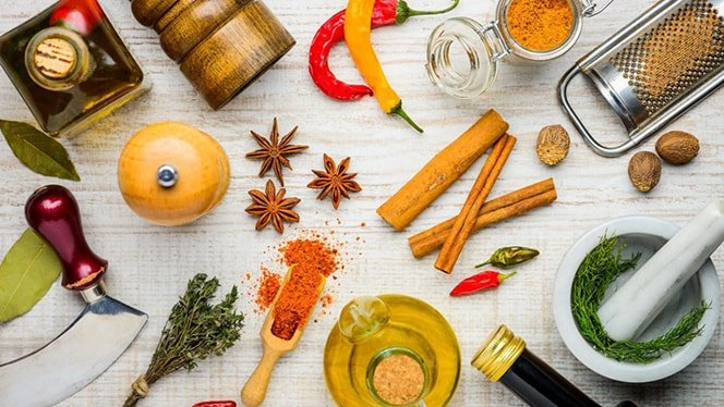 Holar - Blog - 11 Useful Cooking Tips We've Learned From Professional Chefs - Main - 1