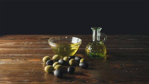 Holar - Blog - Keeping Olive Oil Fresh The Best Way to Store Olive Oil Properly - How Oxygen Affects Oil