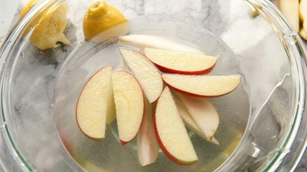 Holar - Blog - Make food last longer Top 7 kitchen ingredients to preserve foods - What are natural preservatives - Lemon Lime