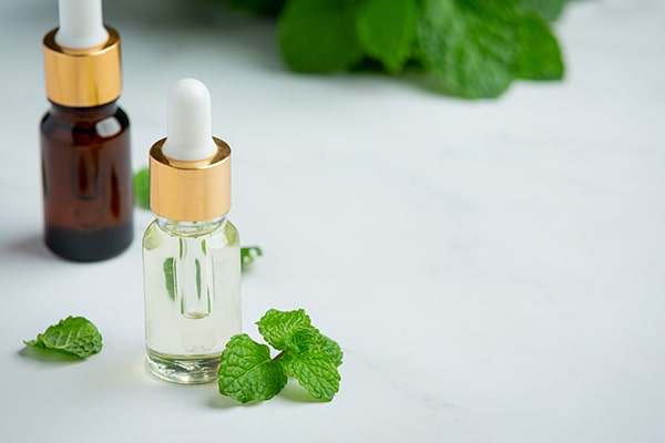 Top 12 ingredients to add to coffee-peppermint oil