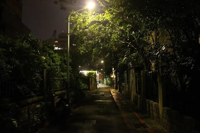 Un paseo nocturno por los callejones de Taipei