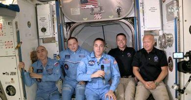 Történelmet írhat ma a SpaceX – S01E03 – dokkolt az Endeavour